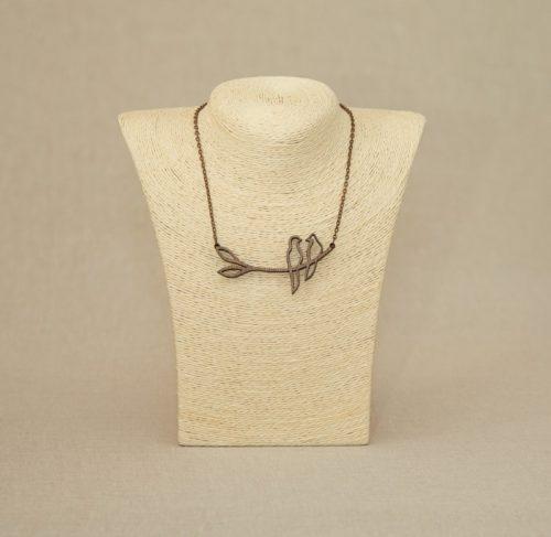 lesena-ogrlica-birdy